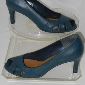 NATURALIZER TEAL GENUINE LEATHER PEEP TOE PUMPS